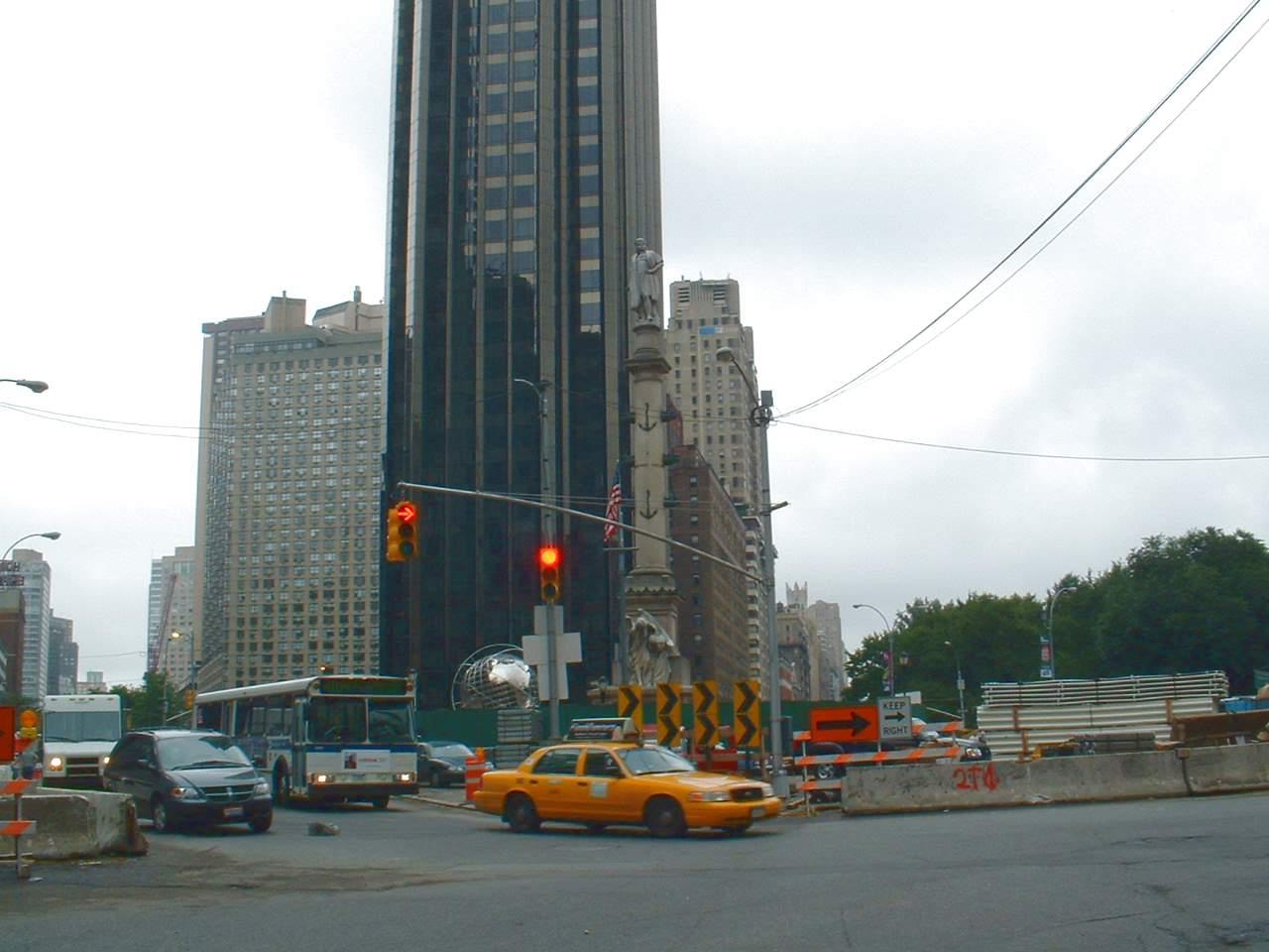 Монумент Х.Колумбу, Columbus Circle