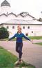 Может в балерины сгожусь, хотя бы местного масштаба))) (Новгород 10_08_03)